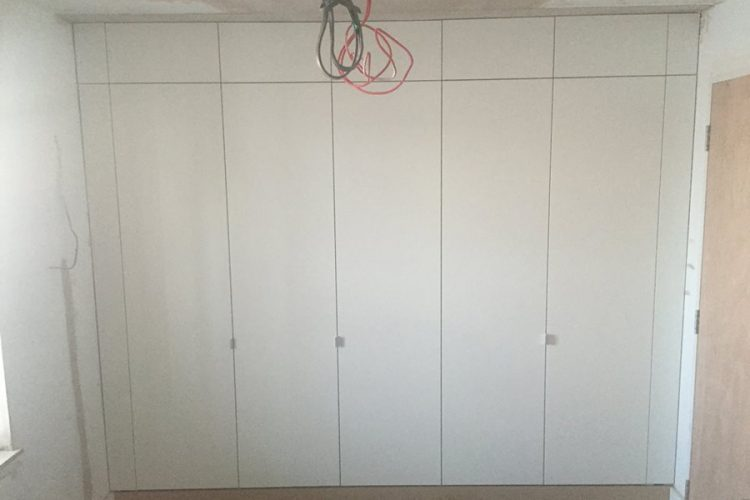 Infinity Carpentry and Construction - Building Company | Horley - Crawley - Gatwick - West Sussex New Build Fit Out Wardrobe 3