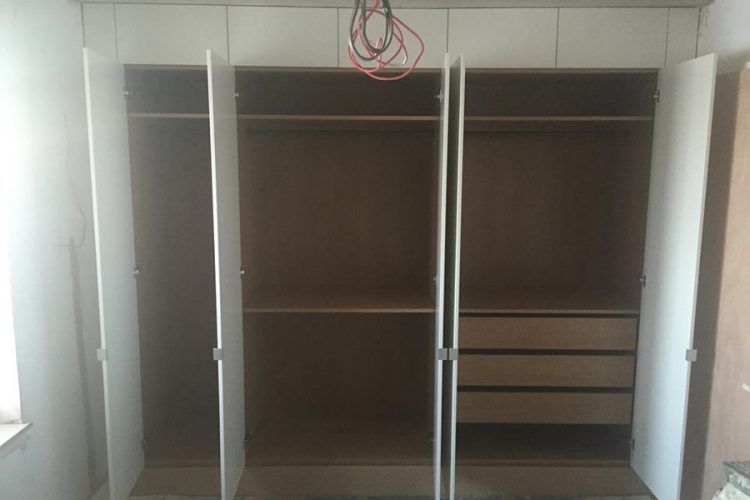 Infinity Carpentry and Construction - Building Company | Horley - Crawley - Gatwick - West Sussex New Build Fit Out Wardrobe 5